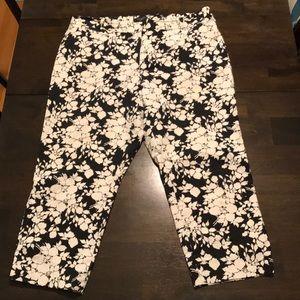 Flower print 97% cotton capri pants